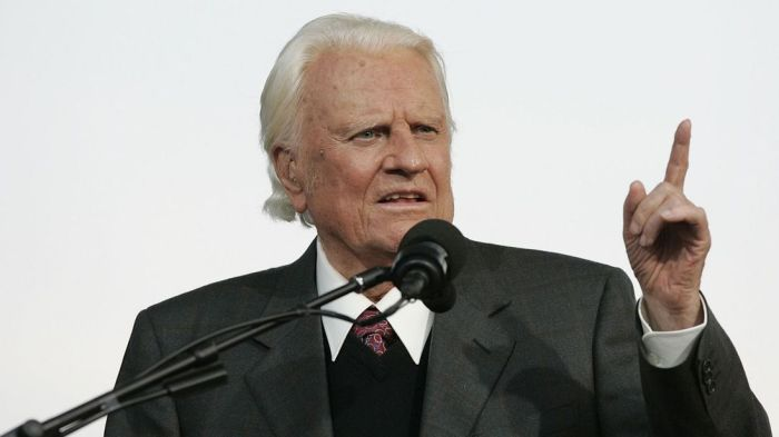 skynews-billy-graham-evangelist_4236819.jpg